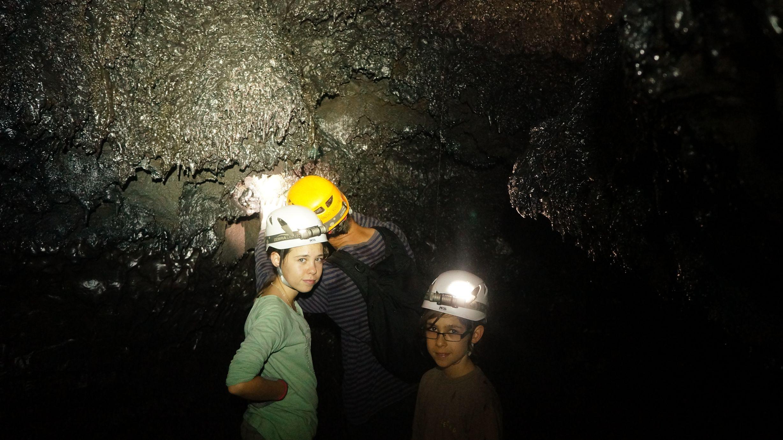 Grottes de lave 974 ile de la reunion 9 tunnels de for Ouvre la fenetre translation