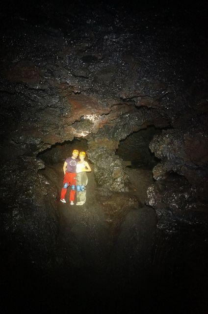 Speleo ile de la reunion 2014 5 tunnels de lave r union for Ouvre la fenetre translation